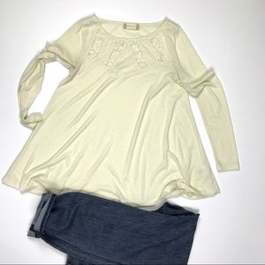 Alter'd State Cream Top Loose Fit Swing